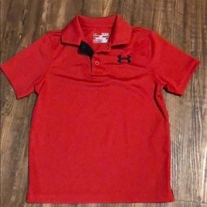 Boy's UA Red shirt, size Youth SM